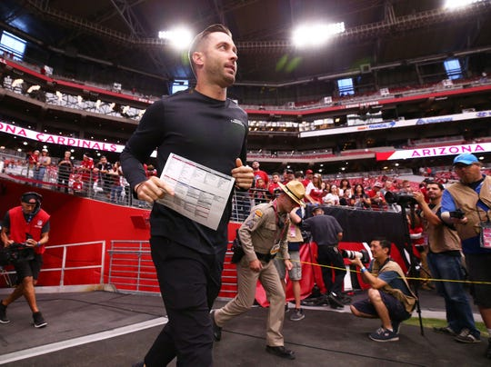 Arizona Cardinals head coach Kliff Kingsbury takes the field for pre-game warm-ups before playing the Detroit Lions on Sep. 8, 2019 in Glendale, Ariz.