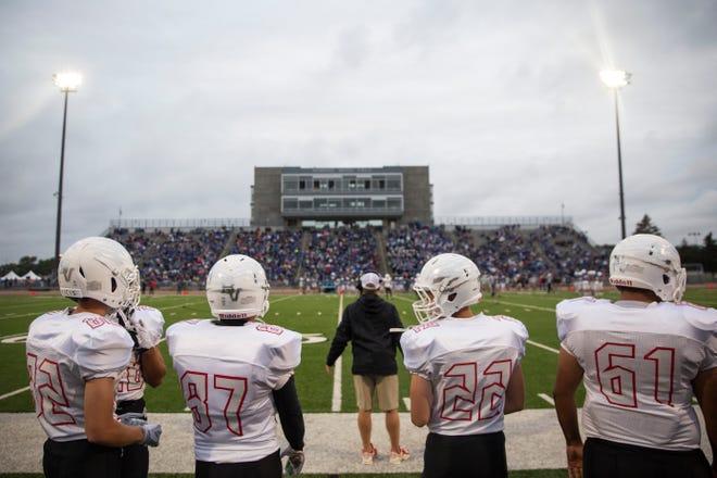 Brandon Valley football players look onto a play during the Bob Burns Dakota Bowl at Howard Wood Field on Saturday, Sept. 7, 2019.