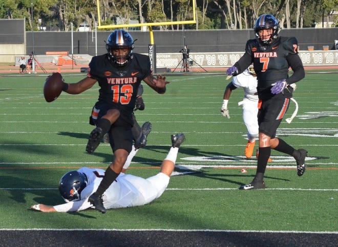 Freshman receiver Terrell Vaughn and the Ventura College football team will host Cerritos College in the Joe Kapp Real Estate Beach Bowl on Saturday night at the VC Sportsplex.