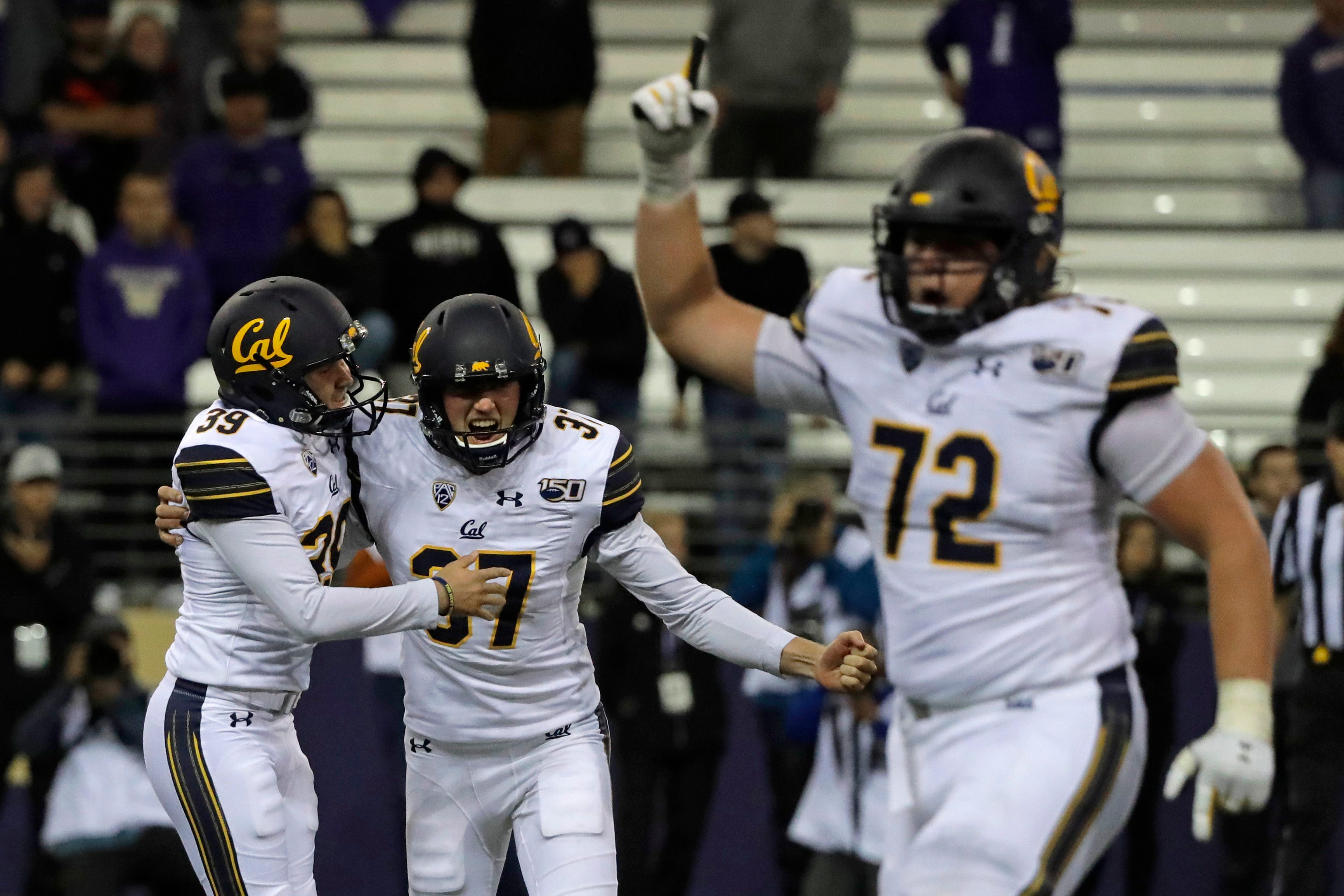 College football: California pulls off stunner, beats Washington