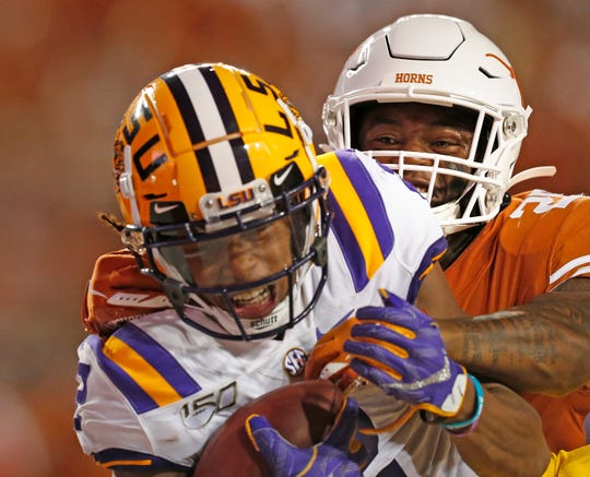 LSU Tigers wide receiver Justin Jefferson catches a touchdown against the Texas Longhorns.