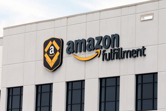 Amazon is on the hunt for workers. The online shopping giant is looking to fill more than 30,000 vacant jobs by early next year, and is holding job fairs across the country next week to find candidates.