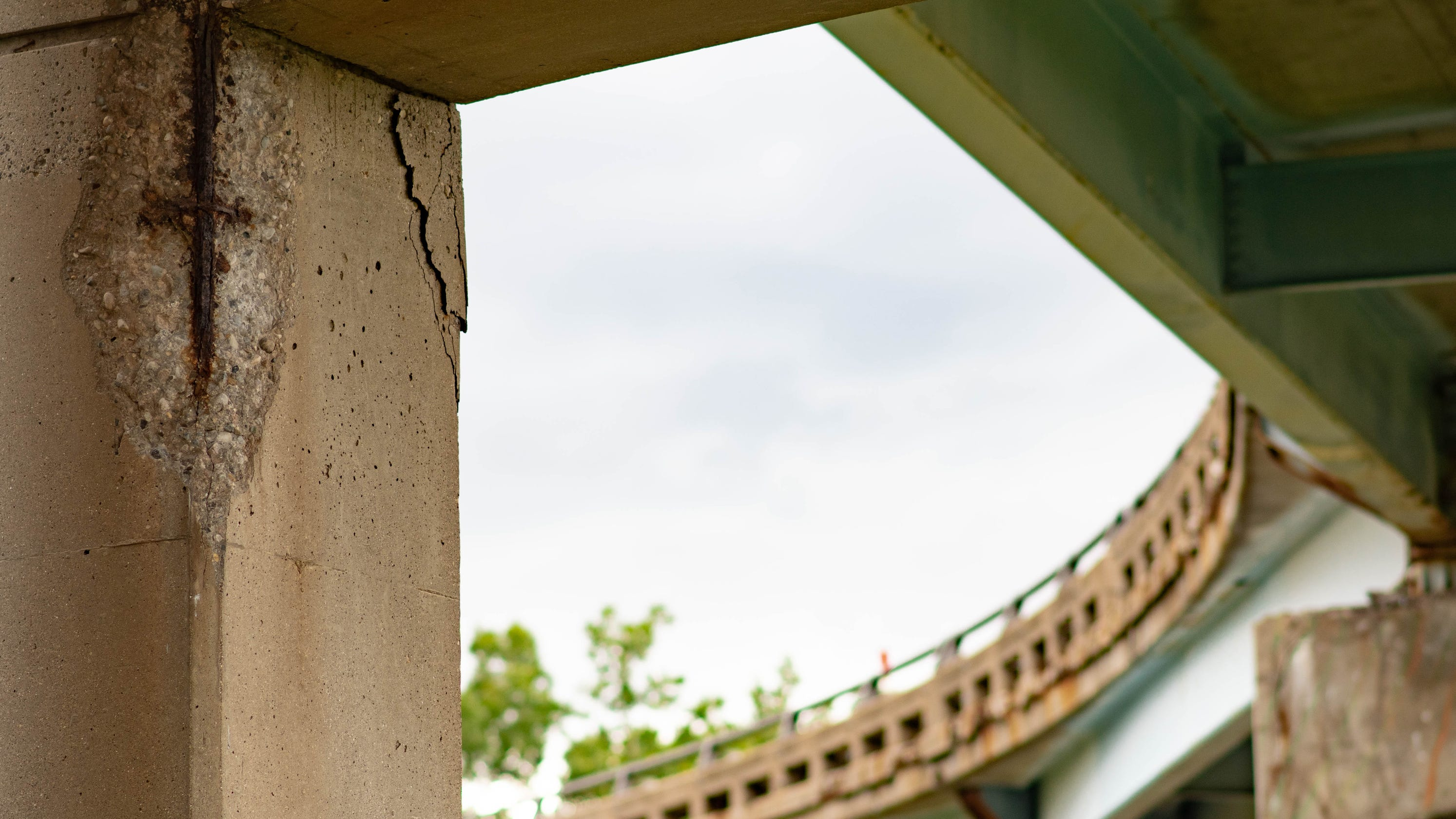 Bad bridges: Conditions in Greater Lansing worse than state
