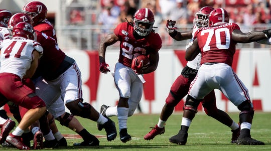Alabama running back Najee Harris (22) carries against New Mexico State at Bryant-Denny Stadium in Tuscaloosa, Ala., on Saturday September 7, 2019.