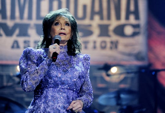 "Loretta Lynn performs ""Coal Miner's Daughter"" after receiving the Lifetime Achievement Award/Songwriting during the 13th annual Americana Honors & Awards show at the Ryman Auditorium Sept. 17, 2014."