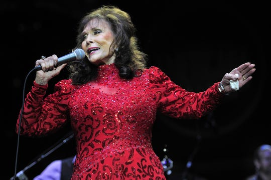 Loretta Lynn performs during the 14th annual Americana Honors & Awards show at the Ryman Auditorium Sept. 16, 2015.
