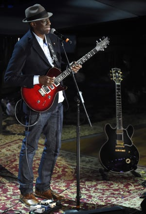 """Keb' Mo' performs """"How Blue Can You Get"""" beside the late B.B. King's guitar Lucille during the 14th annual Americana Honors & Awards show at the Ryman Auditorium Sept. 16, 2015."""