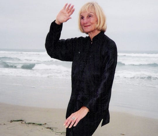 Lu Molberg holds weekly tai chi classes for all levels on Fridays at Center for Spiritual Living.