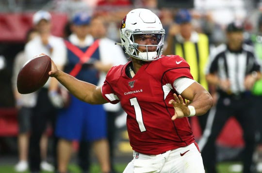 Arizona Cardinals quarterback Kyler Murray (1) throws a pass against the Detroit Lions in the second half during a game on Sep. 8, 2019 in Glendale, Ariz.