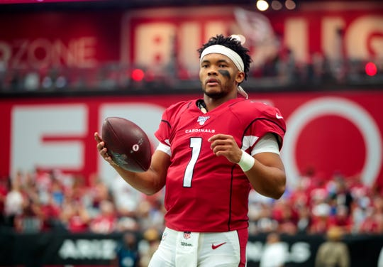 Arizona Cardinals quarterback Kyler Murray (1) came up big for his team late in the NFL game against the Detroit Lions.
