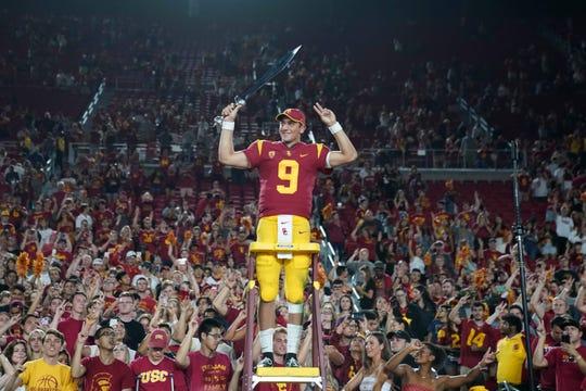 Kedon Slovis propels USC past Stanford, into national rankings