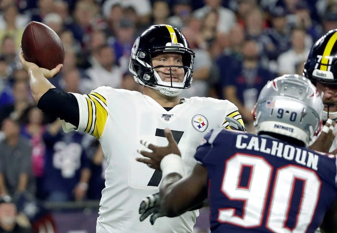 Pittsburgh Steelers quarterback Ben Roethlisberger passes under pressure from New England Patriots linebacker Shilique Calhoun (90) in the first half an NFL football game, Sunday, Sept. 8, 2019, in Foxborough, Mass. (AP Photo/Elise Amendola)