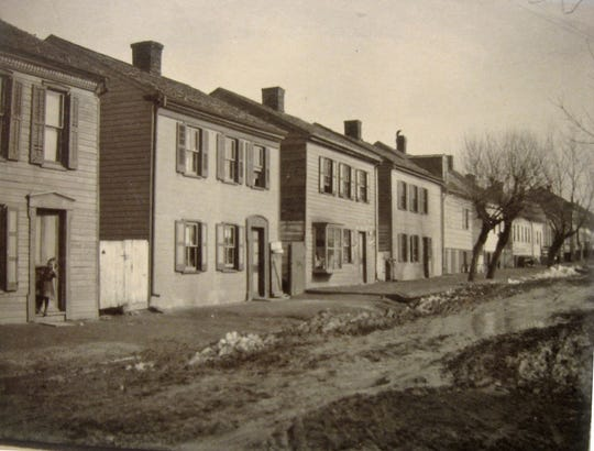 East King Street houses, probably in the early 1900s.