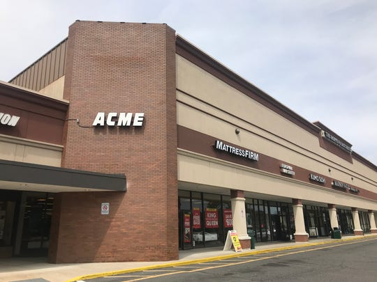 The old Acme in Eastchester will be turned into a DeCicco & Sons market.