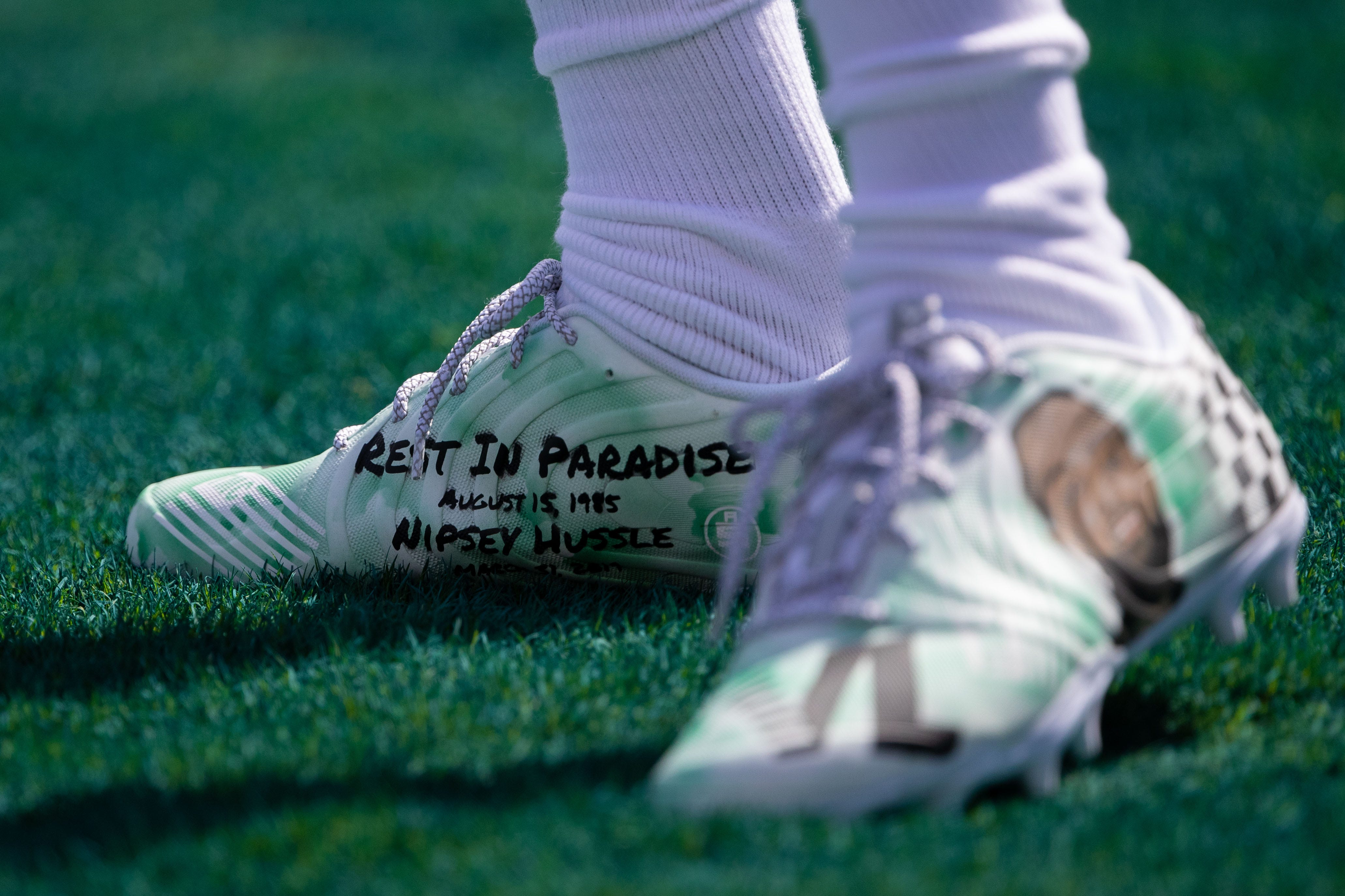 Eagles WR DeSean Jackson to auction cleats to honor late rapper Nipsey Hussle