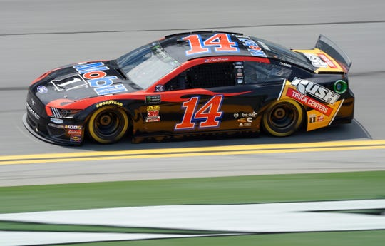 Clint Bowyer drives the No. 14 Ford.