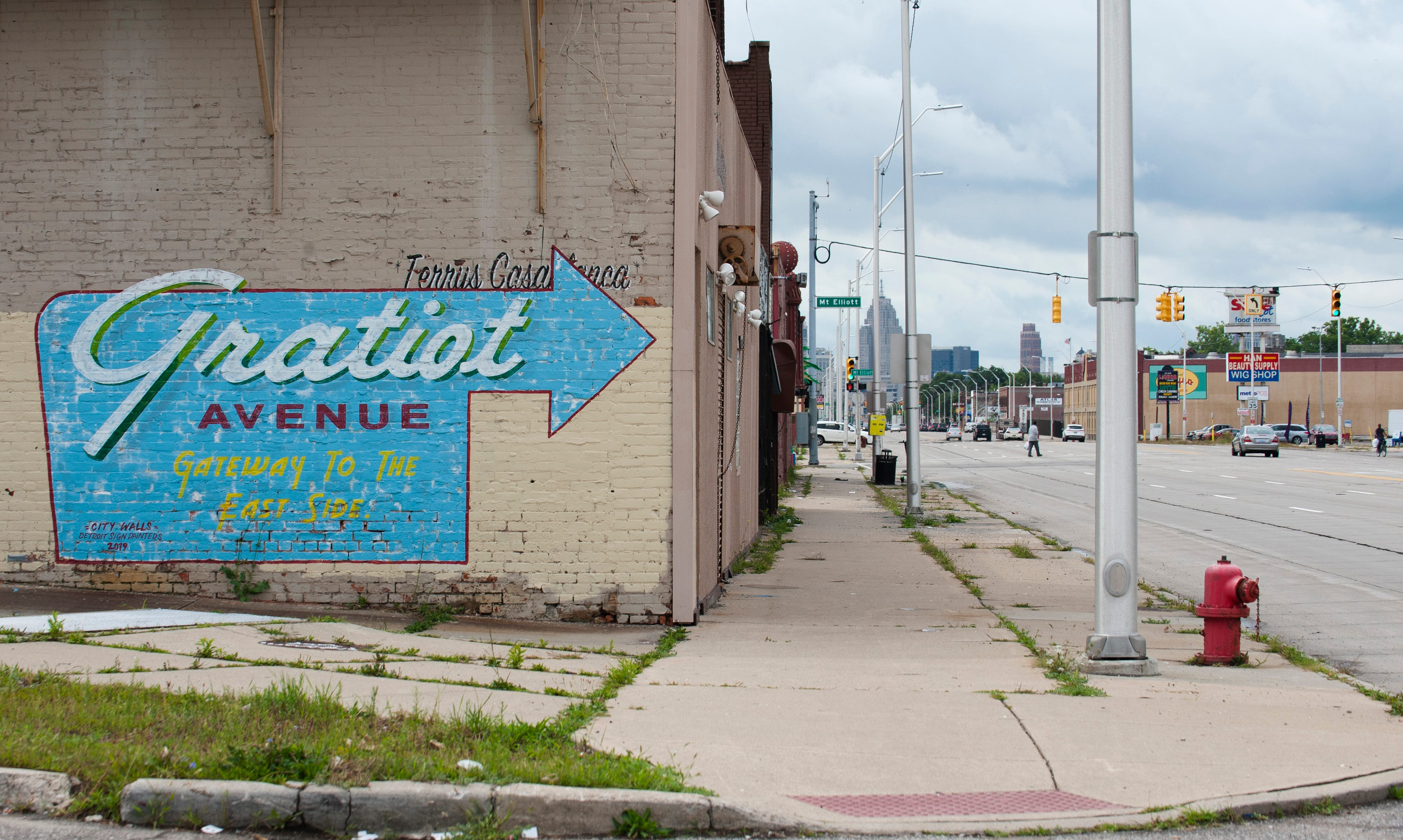 'It gets really bad after dark': Crime persists on Gratiot in Detroit