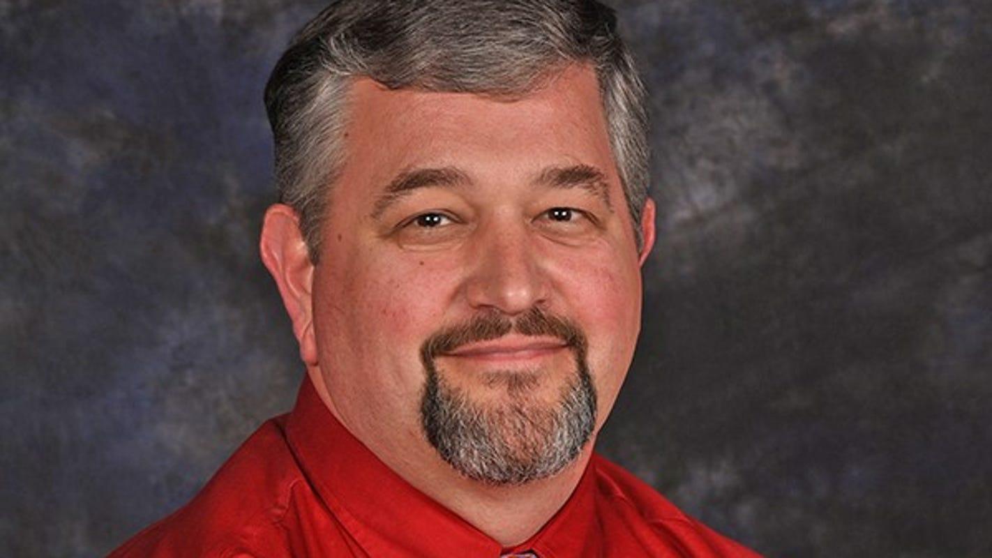 Upstate SC pastor dies in school bus collision in Laurens County