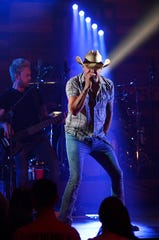 Jason Aldean serenaded Amazon truck drivers at a private concert Monday.