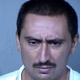Hombre de Phoenix apuñala de muerte a vecino del que sospechaba había violado a su madre