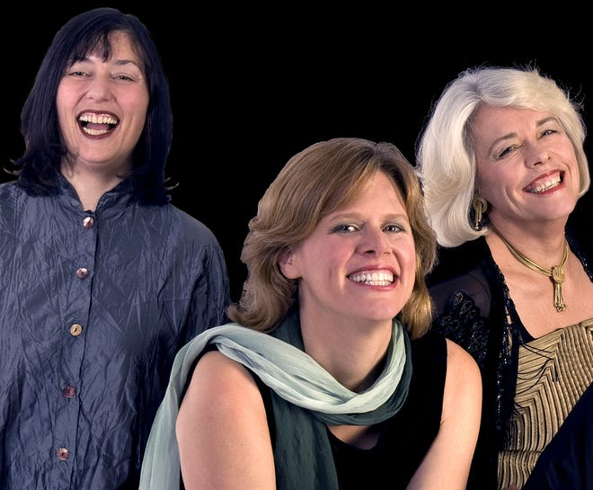 The  vocal ensemble Tapestry will open the Artist Series with Beyond Boundaries: Songs of Hope and Peace on Sunday.