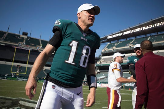 Eagles' Josh McCown (18) walks back towards the Eagles locker room after the game Sunday at Lincoln Financial Field.
