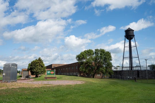The Del Monte cannery in Sleepy Eye, Minn., processes sweet corn and peas. In a stunning announcement, California-based Del Monte Foods said it plans to close its sweet corn and peas canning plant just off Main Street here in October.