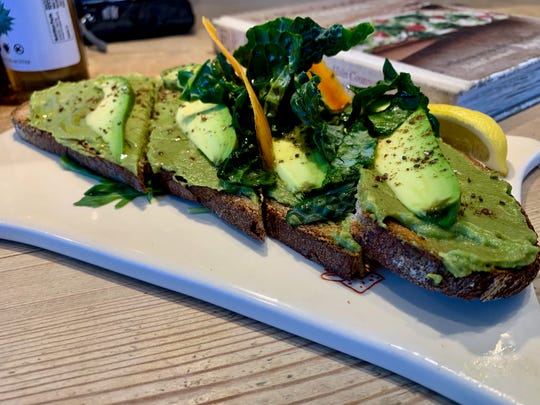 If you think green should dominate the plate when it comes to avocado toast, Le Pain Quotidien is the breakfast spot for you.