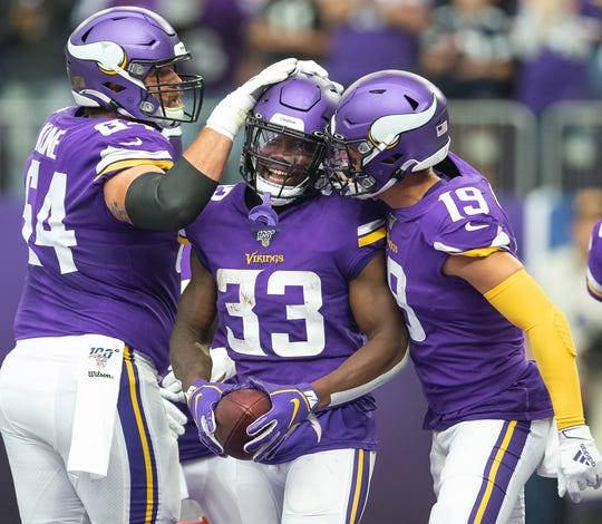 3. Vikings (5): Suffocating defense and a relentless run game with QB Kirk Cousins almost in a complementary role — exactly the team what Mike Zimmer wants.