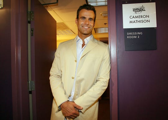 'All My Children' star Cameron Mathison asks for prayers after renal cancer diagnosis