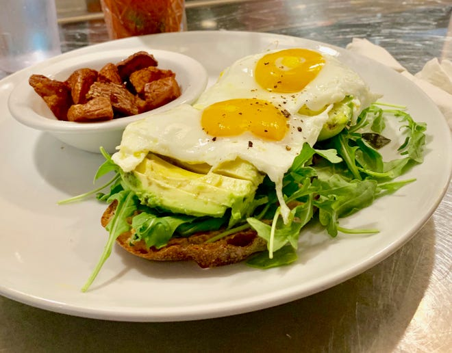 10 Great Places That Elevate Avocado Toast