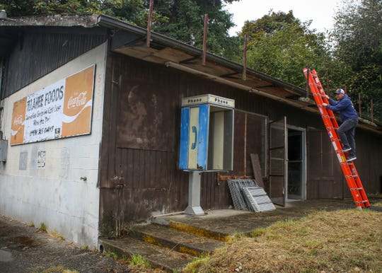 The Port of Illahee has started getting bids and estimates to redo the decrepit roof on the newly acquired Illahee Foods, which has sat vacant since 2001.