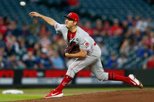 sports shoes 90cf1 8f4d3 Cincinnati Reds: Amir Garrett gives up winner to Seattle ...
