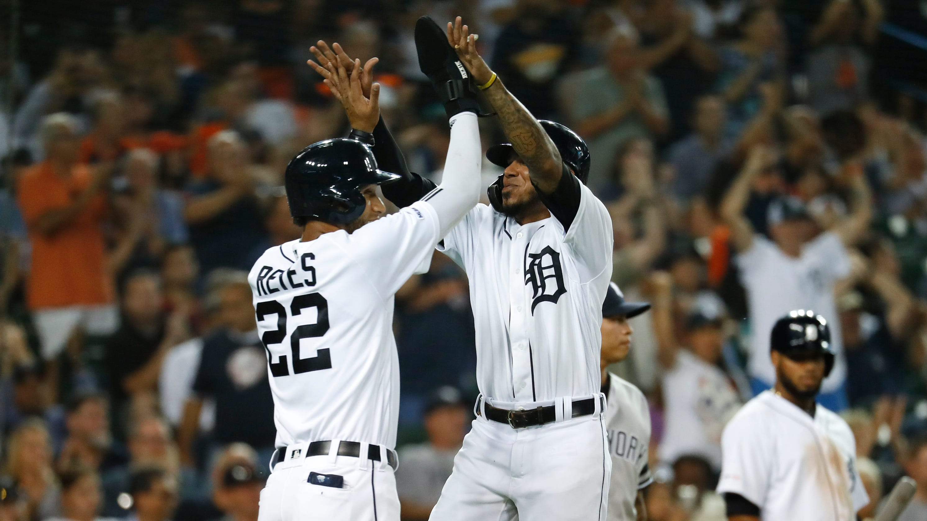 Detroit Tigers Home Opener 2020.Detroit Tigers Harold Castro Victor Reyes In Mix For 2020