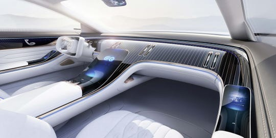 The entire dashboard blends with the body of the front trim to form an interior sculpture.