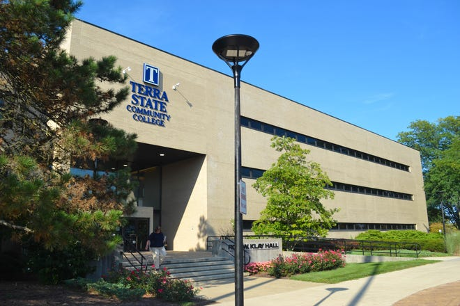 """The Gold Diggers Investment Club will host """"Stock Study Investment Club"""" and  """"Have Fun While Getting Rich"""" classes at Terra State Community College beginning on Sept. 17."""