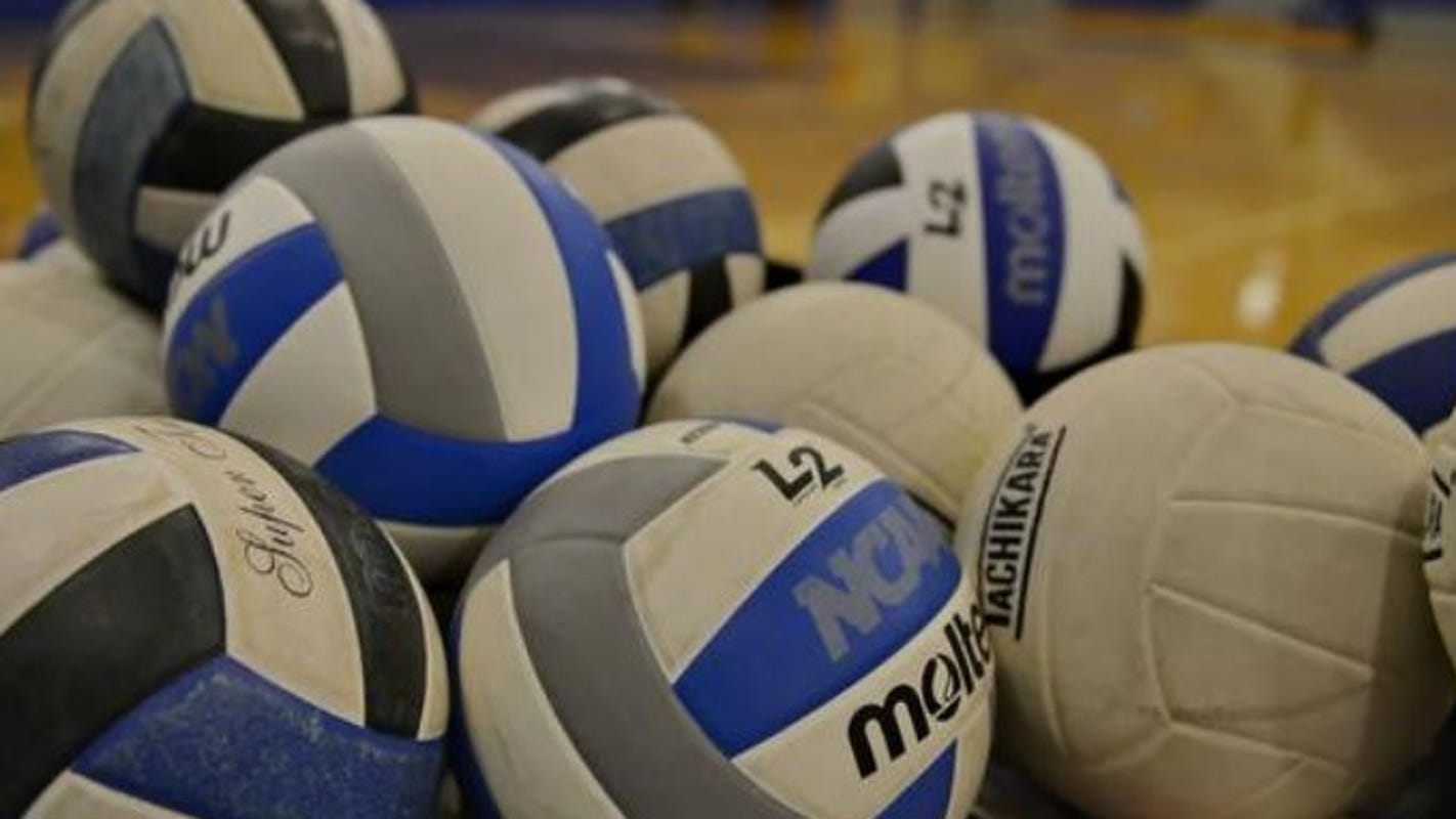 Kentucky volleyball's season ends in Sweet 16 loss to Washington