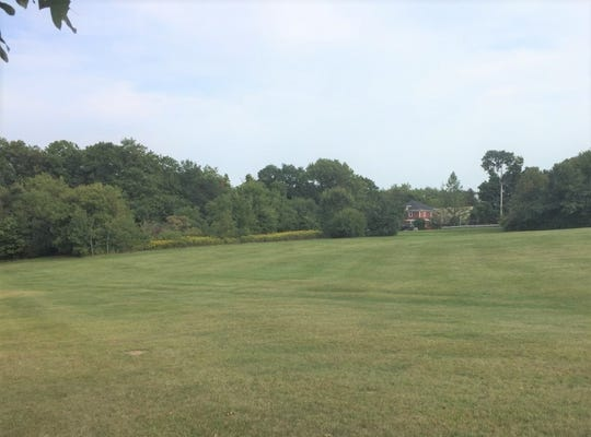 A view of the proposed park land from the entrance to Hilltop Golf Course.