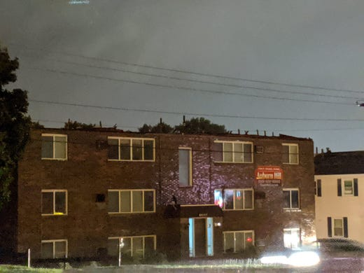 Tornado rips roof off of an apartment building in Sioux Falls.