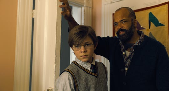 Theo (Oakes Fegley) and Hobie (Jeffrey Wright) have a moment.