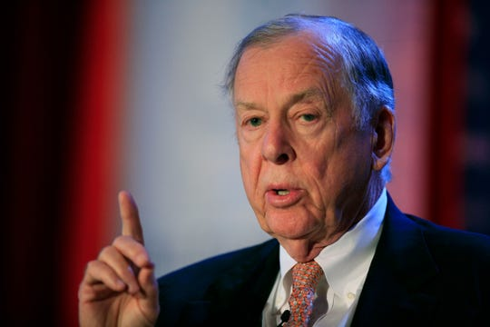"T. Boone Pickens was hospitalized after a ""Texas-sized fall."""