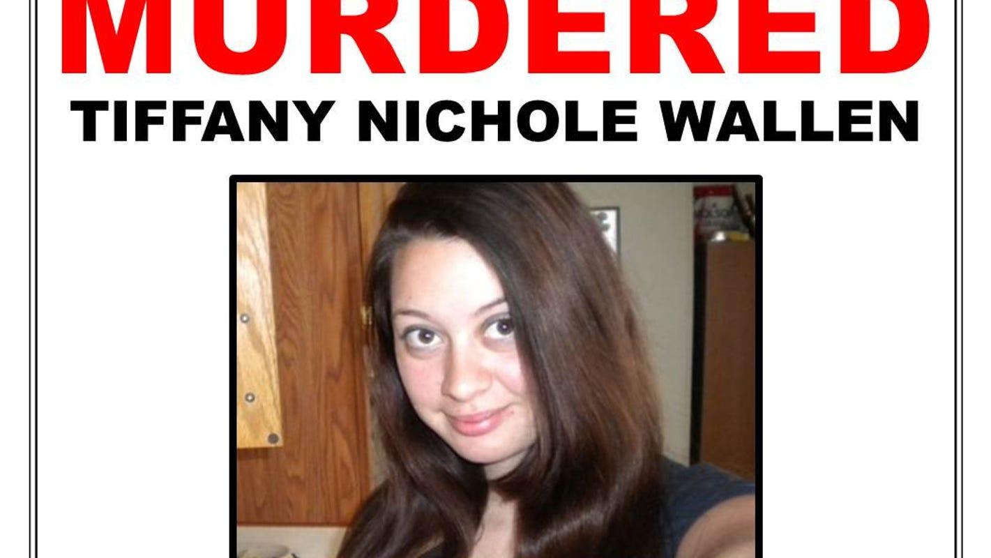 Suspect sought in woman's fatal stabbing in Detroit