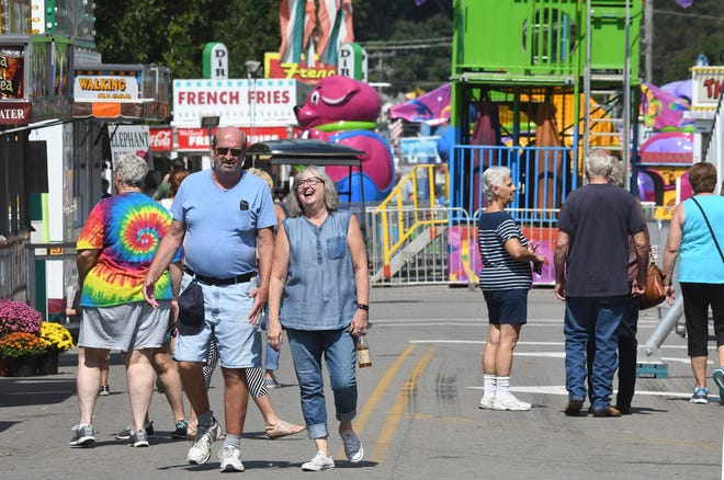 Main Street in Bellville started to fill up Thursday afternoon on the site of the Bellville Street Fair.