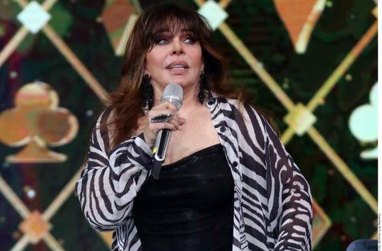 La actriz Verónica Castro dijo retirarse de la vida pública porque se cansó de presuntas difamaciones y escarnios.