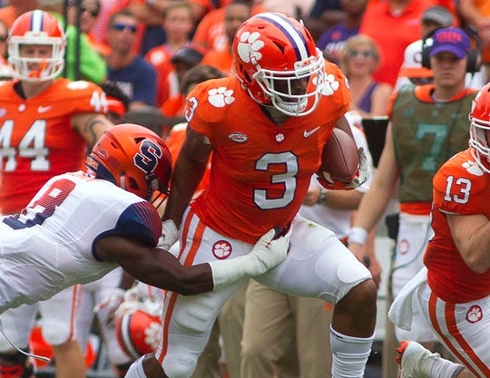 Clemson wide receiver Amari Rodgers carries the ball against Syracuse during their game in 2018.