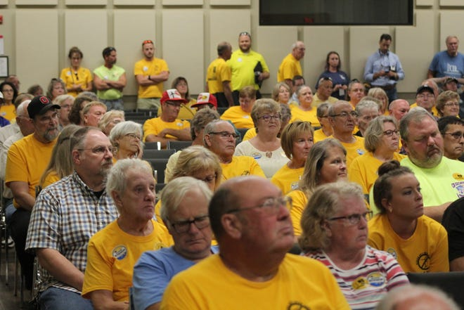 Hundreds of residents opposed to the Republic Wind Farm project in Seneca and Sandusky counties showed up for a public hearing Thursday at Tiffin University.