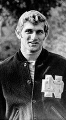 Joe Theismann, Notre Dame quarterback, is seen in South Bend, Ind., Sept. 29, 1970.