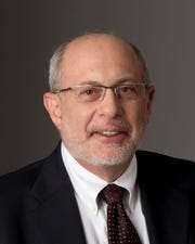 Robert Siegel was the senior host of NPR's award-winning evening newsmagazine All Things Considered. With 40 years of experience working in radio news, Siegel hosted the country's most-listened-to, afternoon-drive-time news radio program and reported on stories and happenings all over the globe.