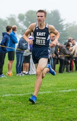 Brookfield East junior Trent Curry finishes 15th at the Arrowhead Cross Country Invitational in Hartland on Thursday, Sept. 12, 2019.