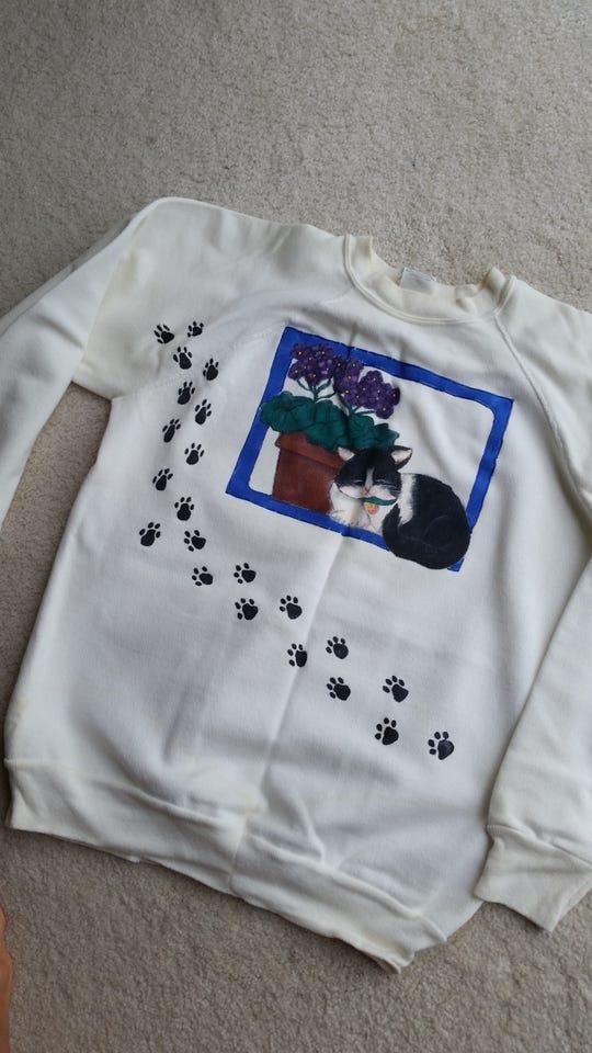 Robin Schmitt's sweatshirt of KATO